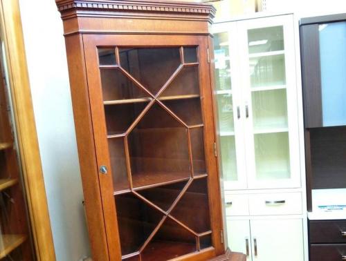 コレクションケースの中古家具