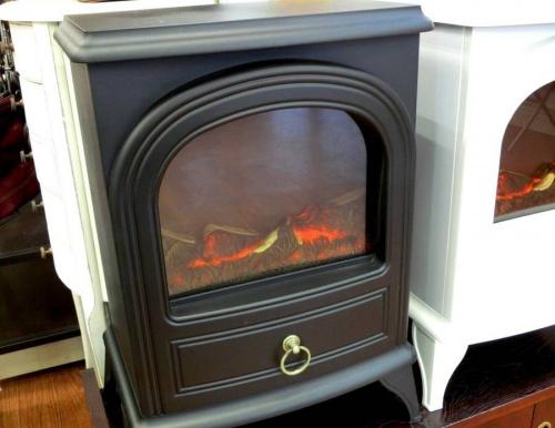 ヒーターの暖炉型ヒーター