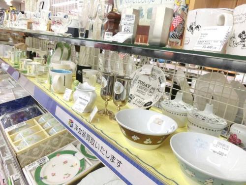 テーブルウェアの中古食器