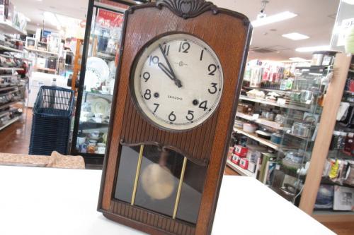 時計のゼンマイ式時計