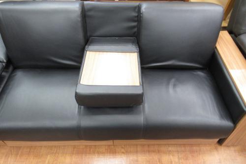 ソファーのブラックxブラウン