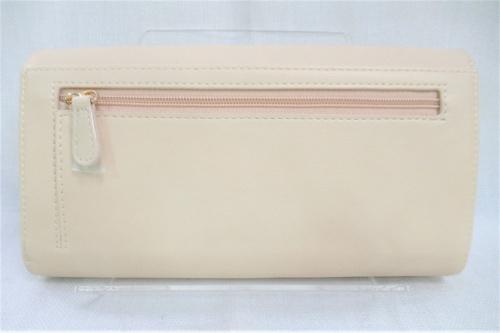 ショルダーウォレットの長財布