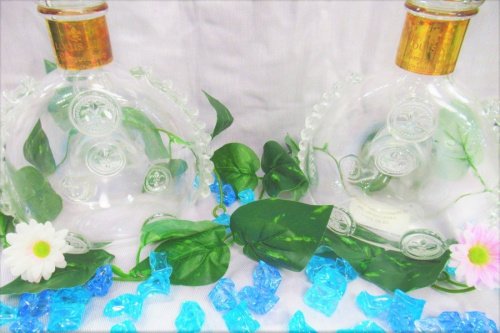 Baccaratの酒瓶