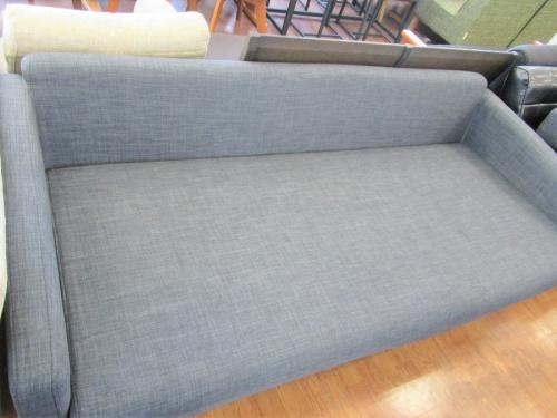 3人掛けソファーのMKマエダ