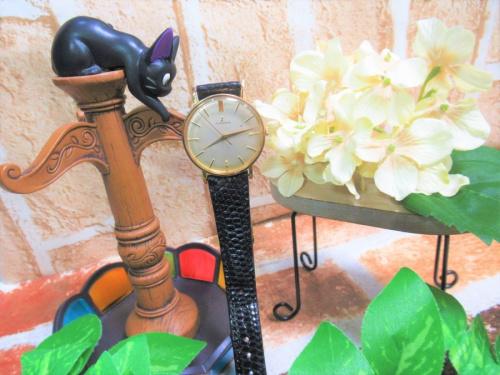 腕時計のアンティーク風
