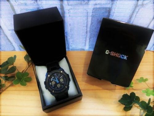 腕時計の電波ソーラー