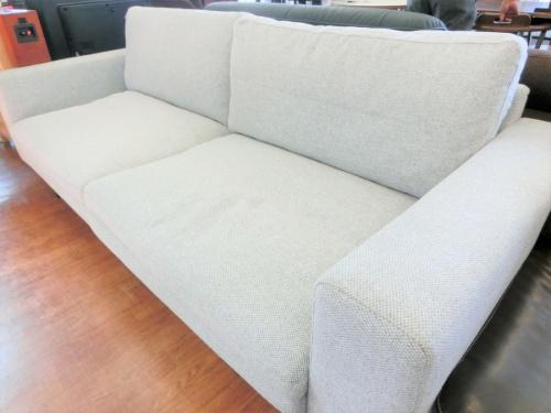 3人掛けソファーのブラウン