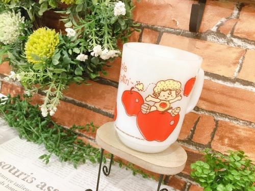 レトロ雑貨のマグカップ