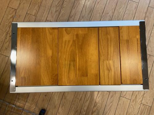 エントリーIGTの折りたたみテーブル