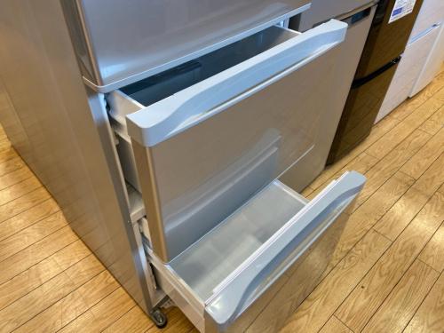 3ドア冷蔵庫のTOSHIBA 東芝