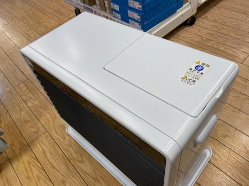 燃焼系暖房器具の石油ファンヒーター