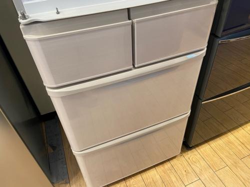 5ドア冷蔵庫のSHARP シャープ