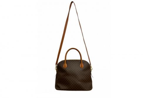 埼玉 ブランドのバッグ