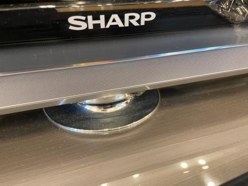 液晶テレビのSHARP シャープ