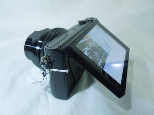 デジタルカメラのカメラ