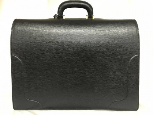 バーバリー(BURBERRY)のダレスバッグ