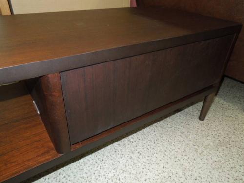 カリモク60+のテレビボード