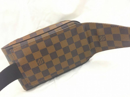 財布のLOUIS VITTON