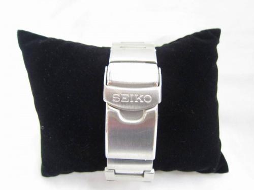 ダイバーズウォッチの腕時計