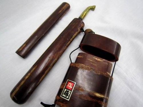 煙管の桜皮細工
