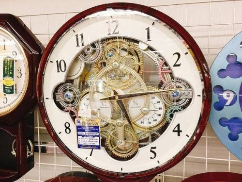 掛時計のからくり時計
