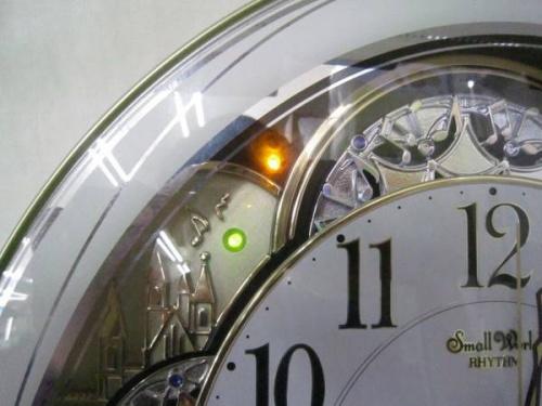 掛時計のSmall World Rhythm