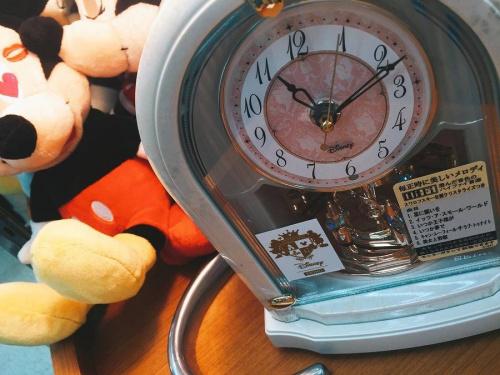 置時計のDisney(ディズニー)