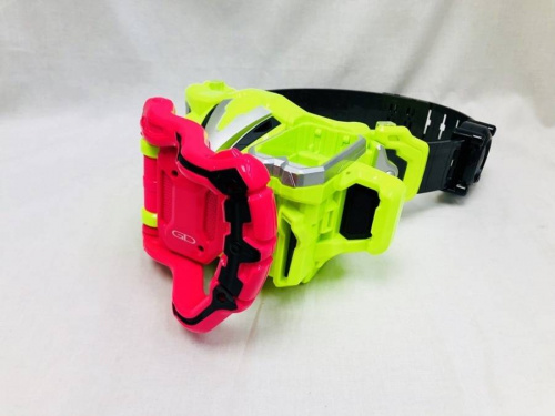 DXゲーマドライバーの仮面ライダーエグゼイド