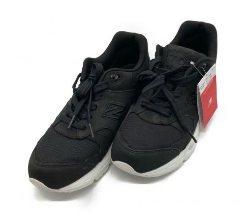 靴のスニーカー 上福岡