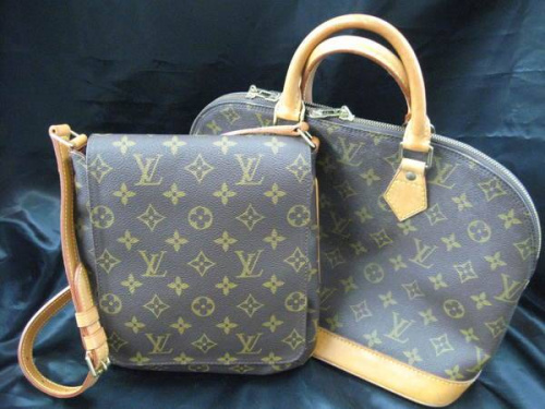 バッグのLouisVuitton