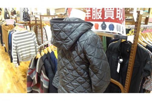 LAVENHAMのキルティングジャケット