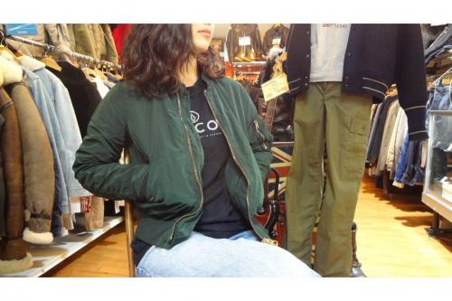 ジャケットの冬物衣類