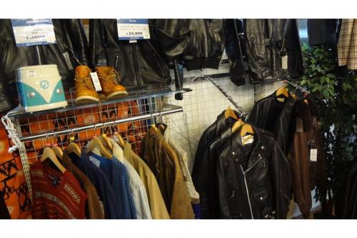 入間店トラッドの入間店衣類