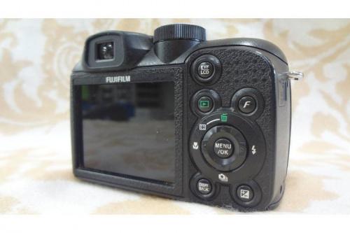 富士フィルムのFINEPIX S1500