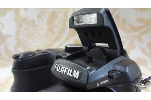 FINEPIX S1500のデジタルカメラ