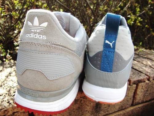 adidasのスポーツ