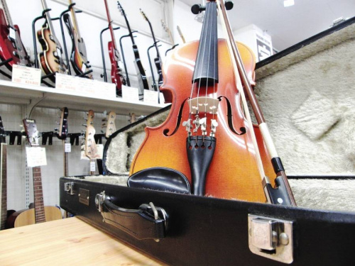 楽器のSUZUKI