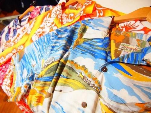 アロハシャツの柄シャツ