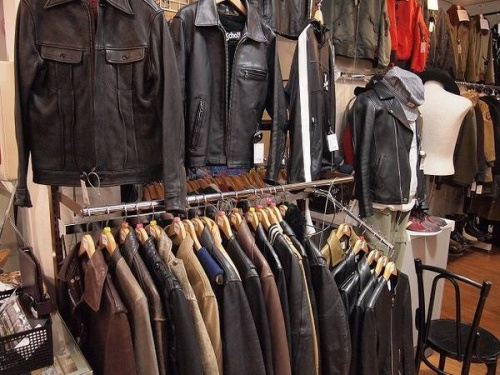 Schottの入間店衣類