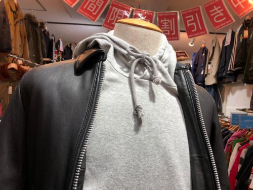 人気メンズアウター特集のレザージャケット