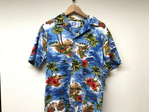 夏物SALEの衣類