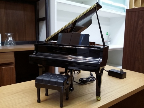 SEGA TOYSのピアノコンサートプレーヤー