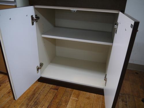 食器棚のニトリ