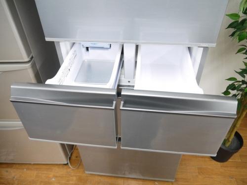 5ドア冷蔵庫のAQUA