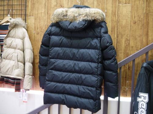 MOORERの入間店中古衣類