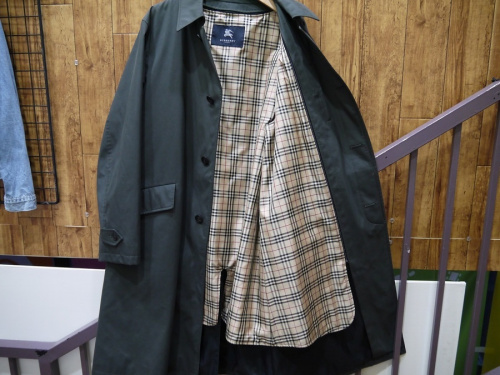 BURBERRYの入間店中古衣類