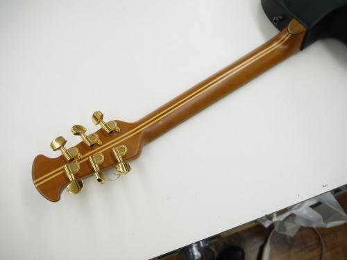 ovationの入間店中古楽器