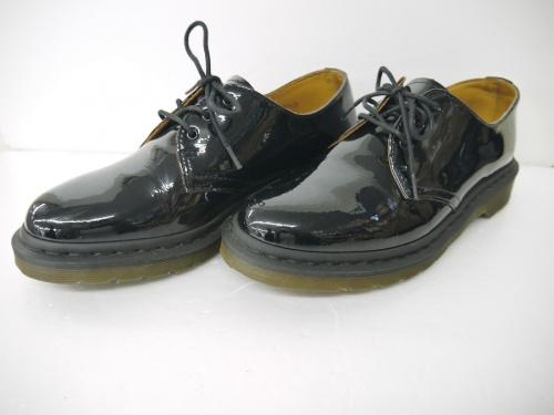 ブーツの別注パテント3ホールシューズ