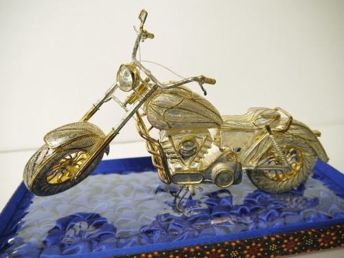 置物のバイク