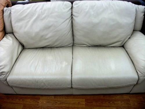 ソファーのアイボリー